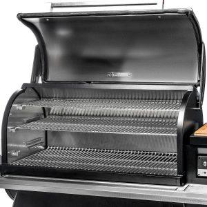 Timberline 1300 Grilling Space